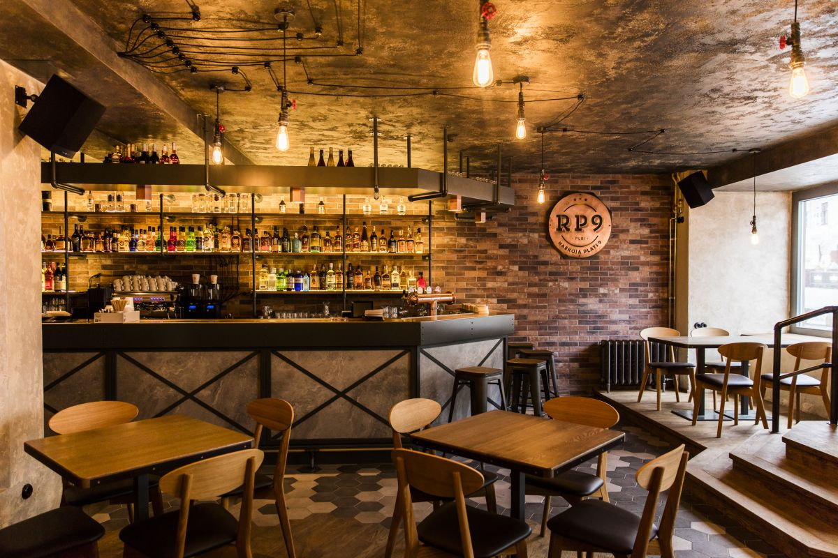 Pubi rp9 raekoja plats 9 for Pub arredamento